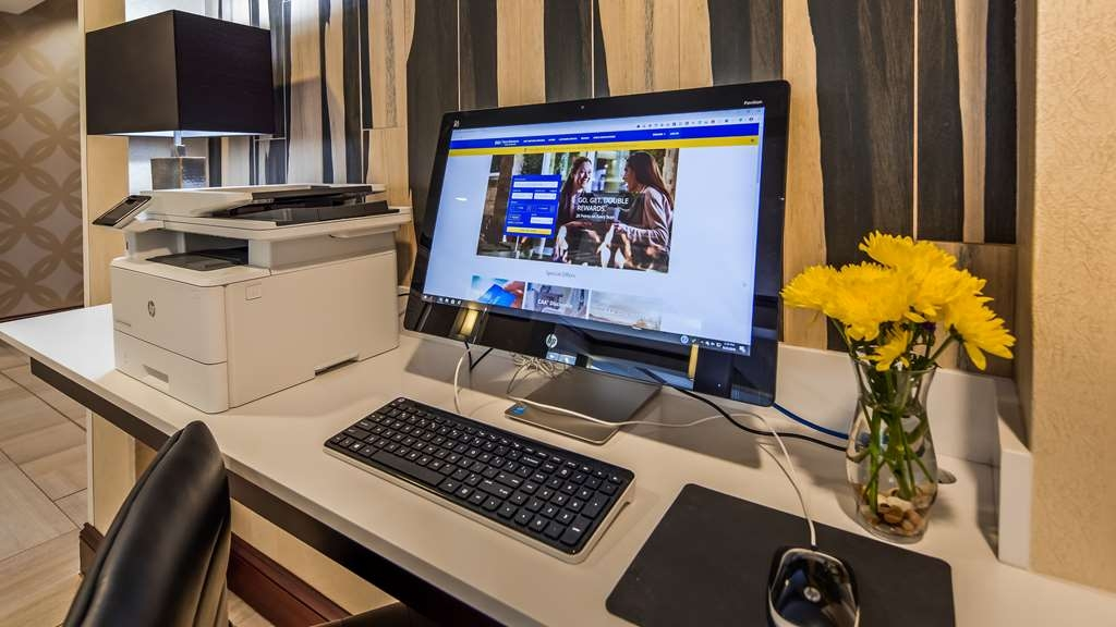 Best Western Plus River Escape Inn & Suites - Business Center - Hotel Near Harris Regional Hospital / Duke LifePoint
