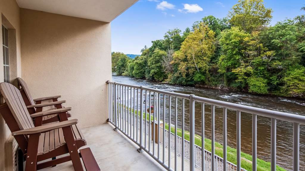 Best Western Plus River Escape Inn & Suites - Riverfront View - Fly Fishing in the Smokies