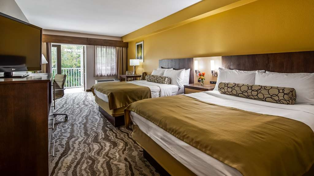 Best Western Plus River Escape Inn & Suites - Two Queen Suite Room - Great for Families Visiting Western Carolina University