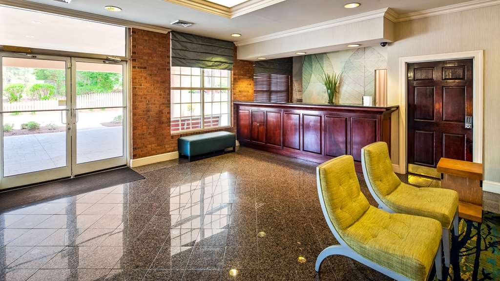 Best Western Raleigh North-Downtown - Lobby