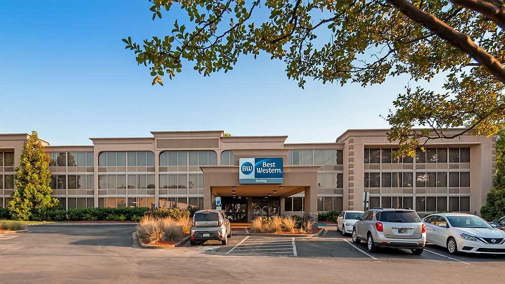 Best Western Sterling Hotel & Suites - Area esterna