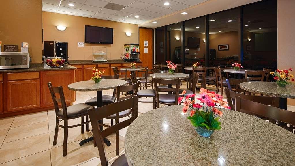 Best Western Sterling Hotel & Suites - Restaurant / Gastronomie
