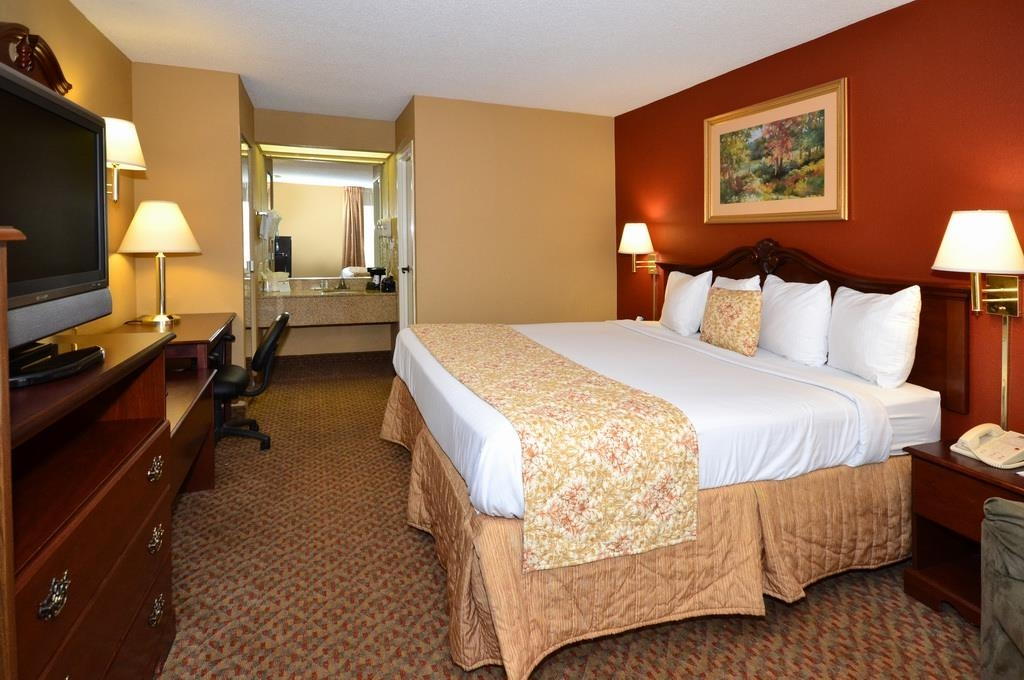 Best Western Pinehurst Inn - Guest Room
