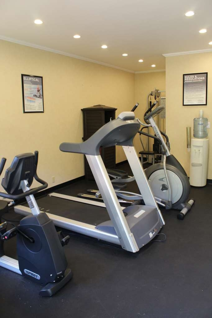 Best Western Pinehurst Inn - exercise chambre