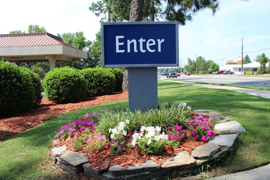 Best Western Pinehurst Inn - Vista Exterior