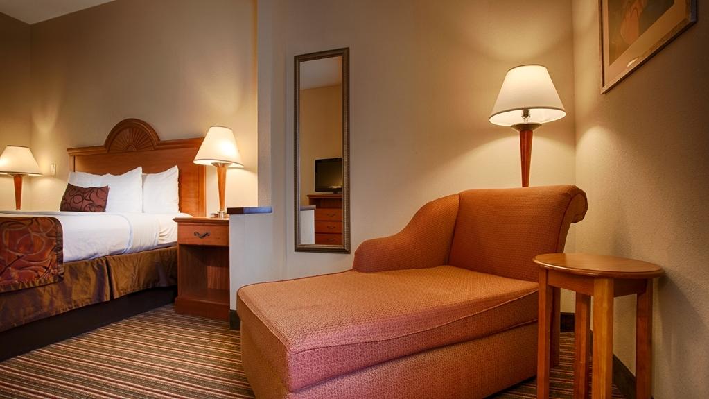 Best Western Plus Edison Inn - Habitaciones/Alojamientos