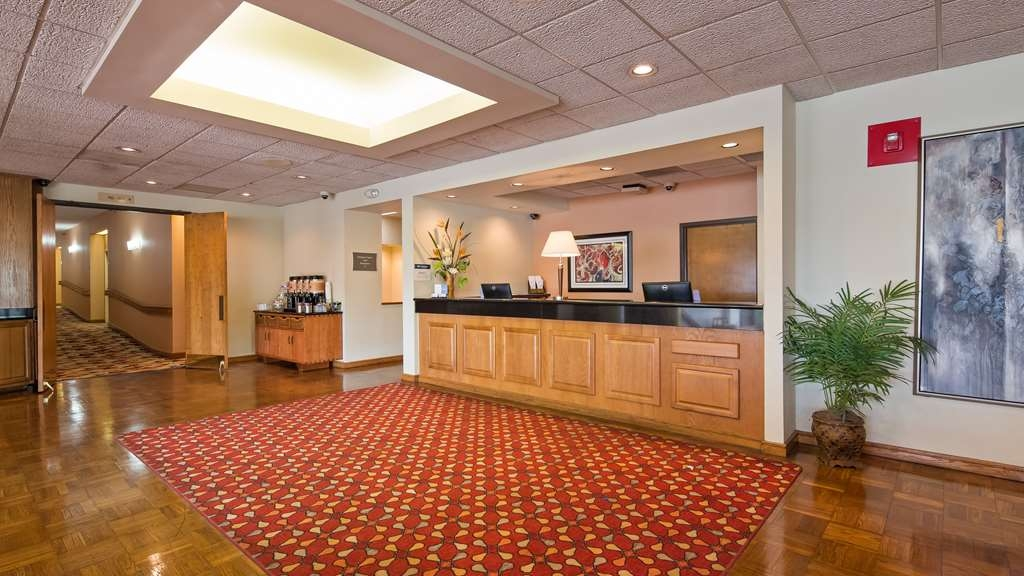 Best Western Hickory - Hall