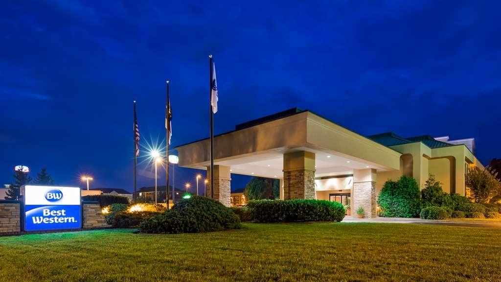 Best Western Hickory - Facciata dell'albergo