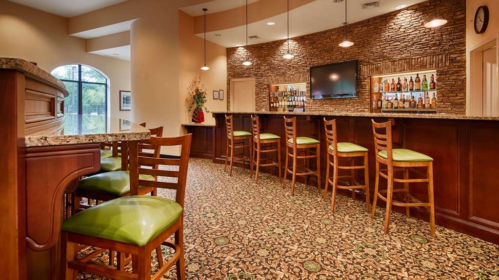 Best Western Plus Westgate Inn & Suites - Bar / Lounge