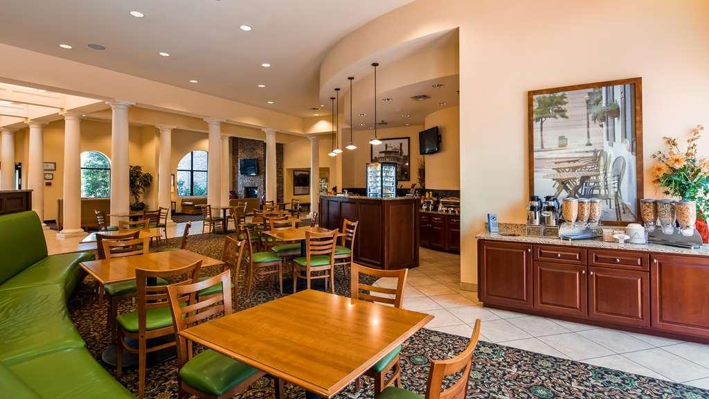 Best Western Plus Westgate Inn & Suites - Breakfast Area