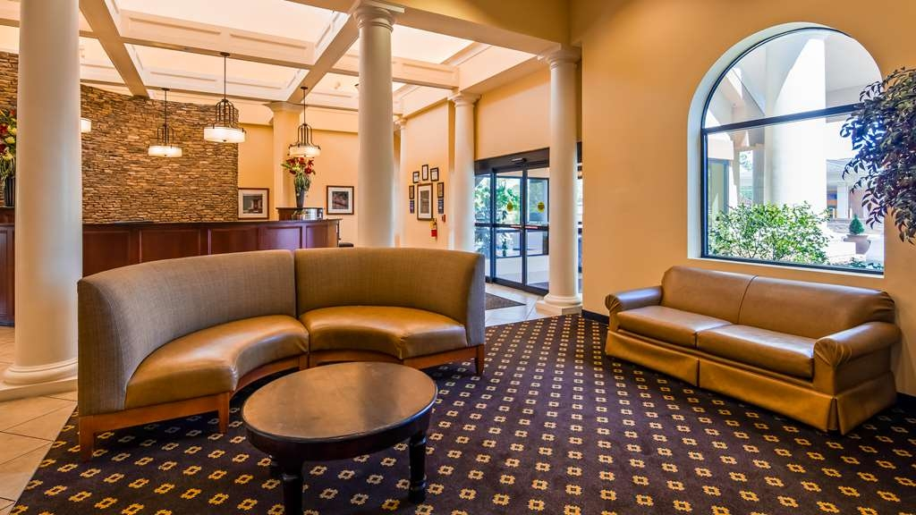 Best Western Plus Westgate Inn & Suites - Hall