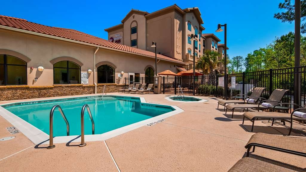 Best Western Plus Westgate Inn & Suites - Piscina
