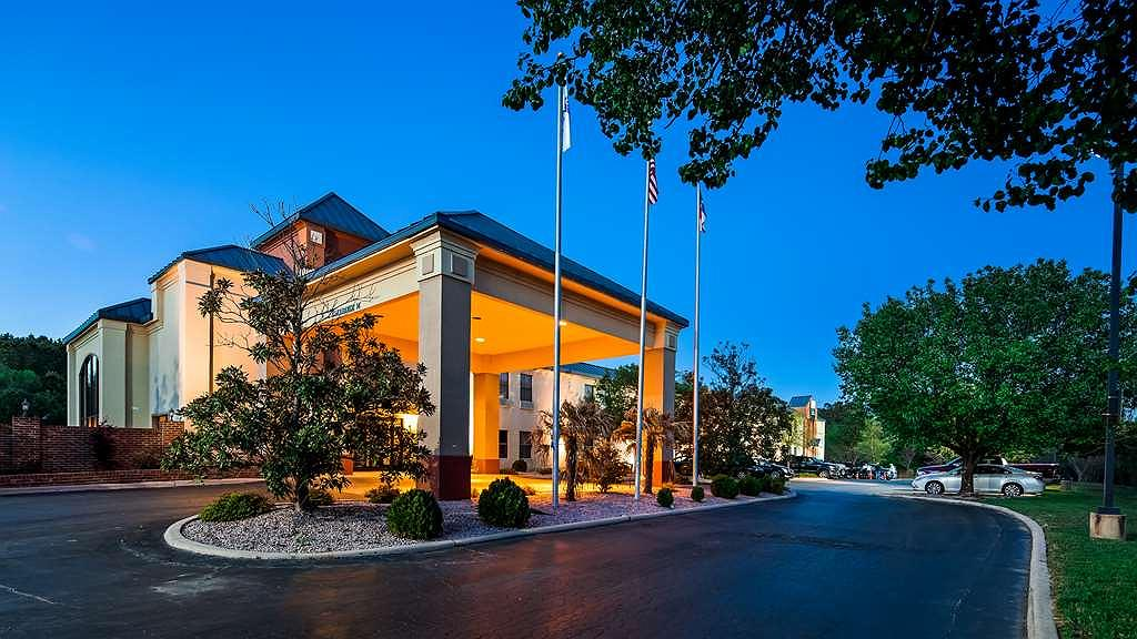 Best Western Butner Creedmoor Inn - Vue extérieure