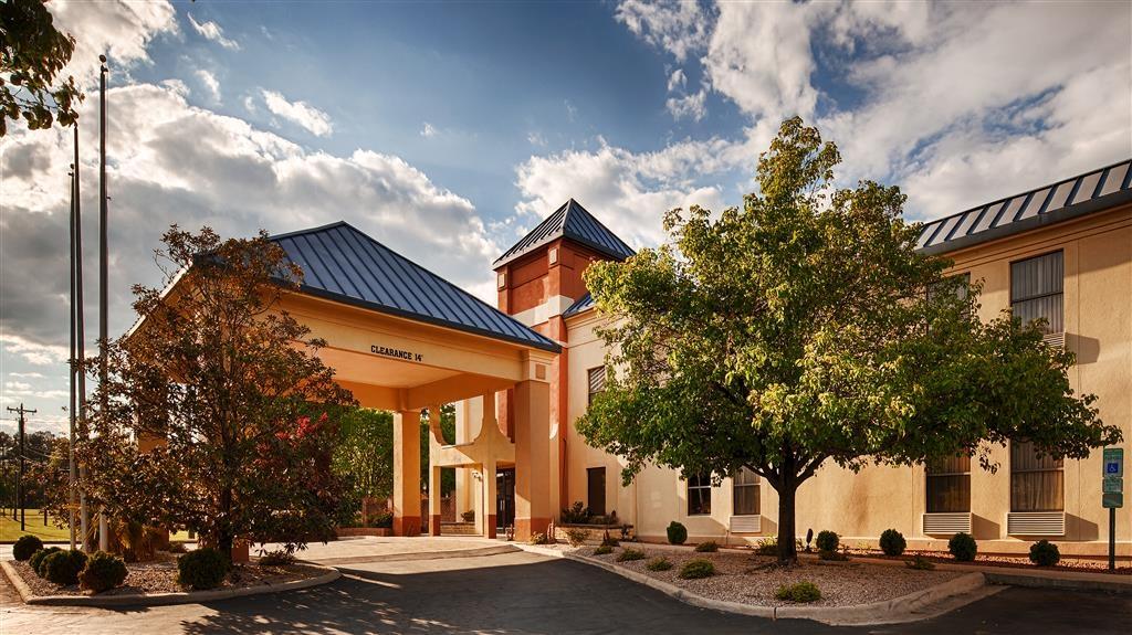 Best Western Butner Creedmoor Inn - Außenansicht