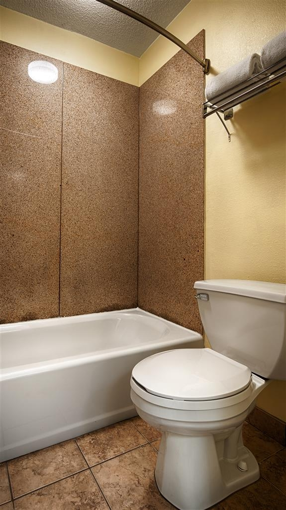 Best Western Butner Creedmoor Inn - Our standard rooms have beautiful high quality granite in the bathrooms, including the shower.
