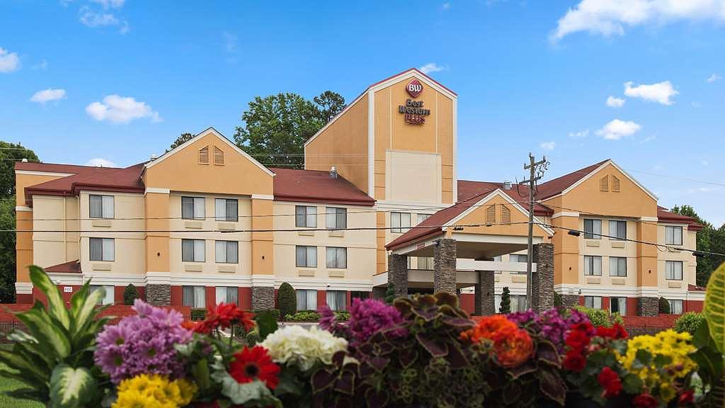 Best Western Plus Huntersville Inn & Suites Near Lake Norman - Vista exterior