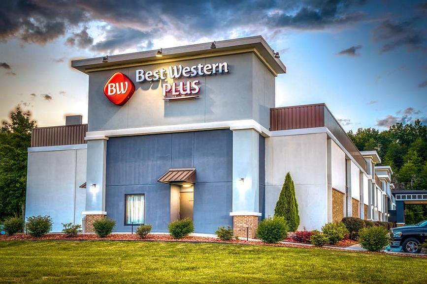 Best Western Plus Yadkin Valley Inn & Suites - Vue extérieure