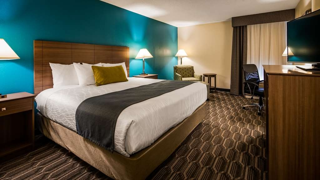 Best Western Plus Yadkin Valley Inn & Suites - Habitaciones/Alojamientos