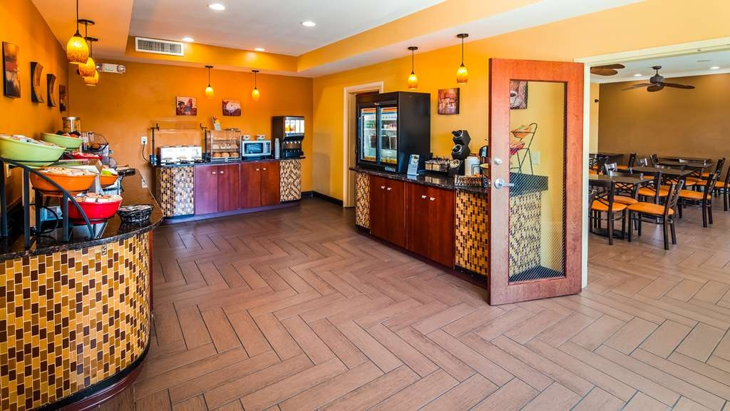 Best Western Plus Wilmington/Carolina Beach - Restaurant / Etablissement gastronomique