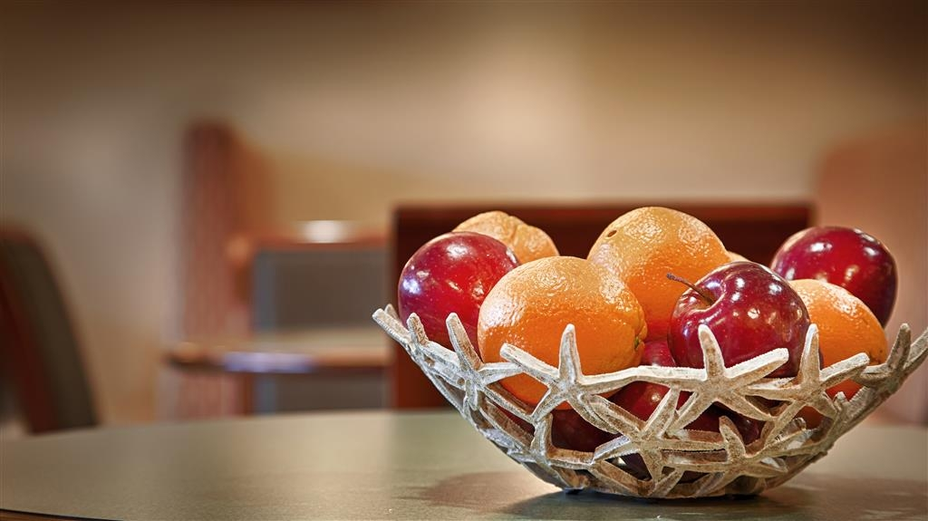 Best Western Plus Wilmington/Wrightsville Beach - Enjoy fresh fruit for breakfast at our Wilmington hotel near Wrightsville Beach.
