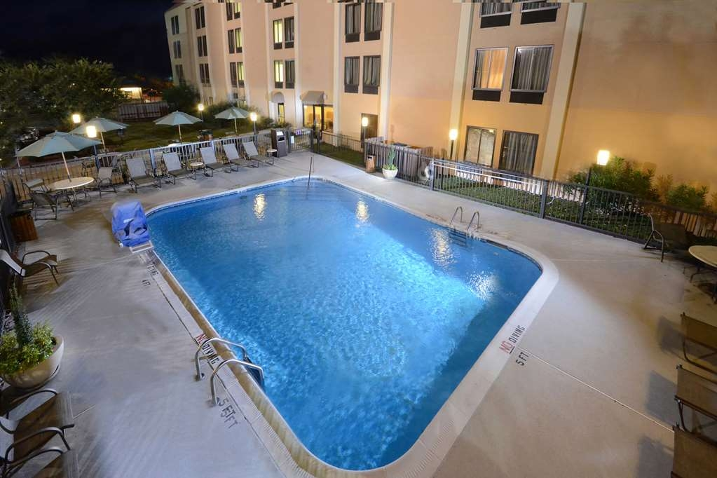 Best Western Plus Wilmington/Wrightsville Beach - Our Wilmington, NC hotel features a seasonal outdoor pool with poolside seating and a BBQ for guests to use.