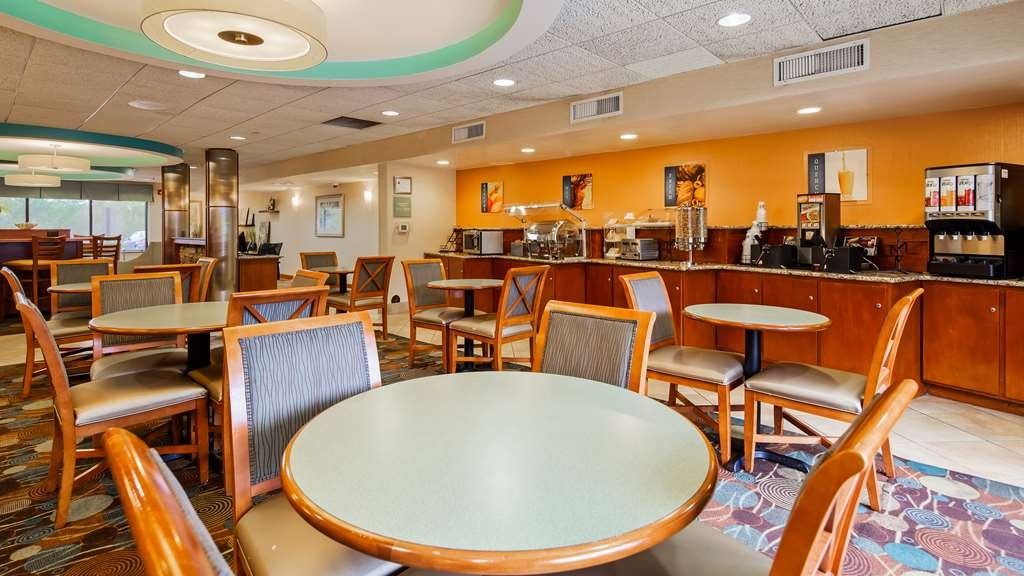 Best Western Plus Wilmington/Wrightsville Beach - Restaurant / Etablissement gastronomique