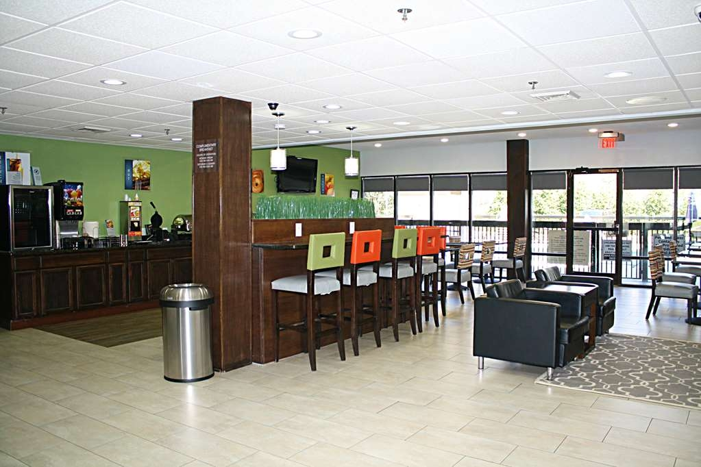 Best Western Albemarle Inn - Please come down and enjoy new modern updated out new lobby area where you can enjoy hot coffee and tea, 24/7.