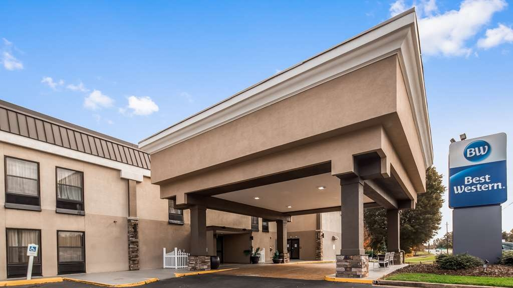 Best Western Albemarle Inn - Facciata dell'albergo