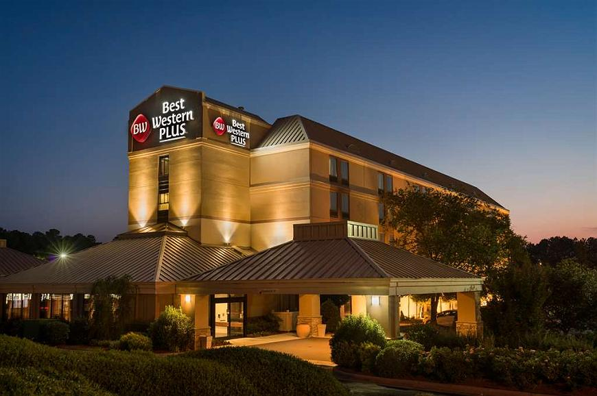 Best Western Plus Goldsboro - At Best Western Plus Goldsboro we aim to make your stay with us memorable and effortless.