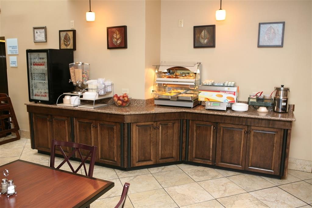 Best Western Plus Goldsboro - Choose from a selection of your breakfast favorites!