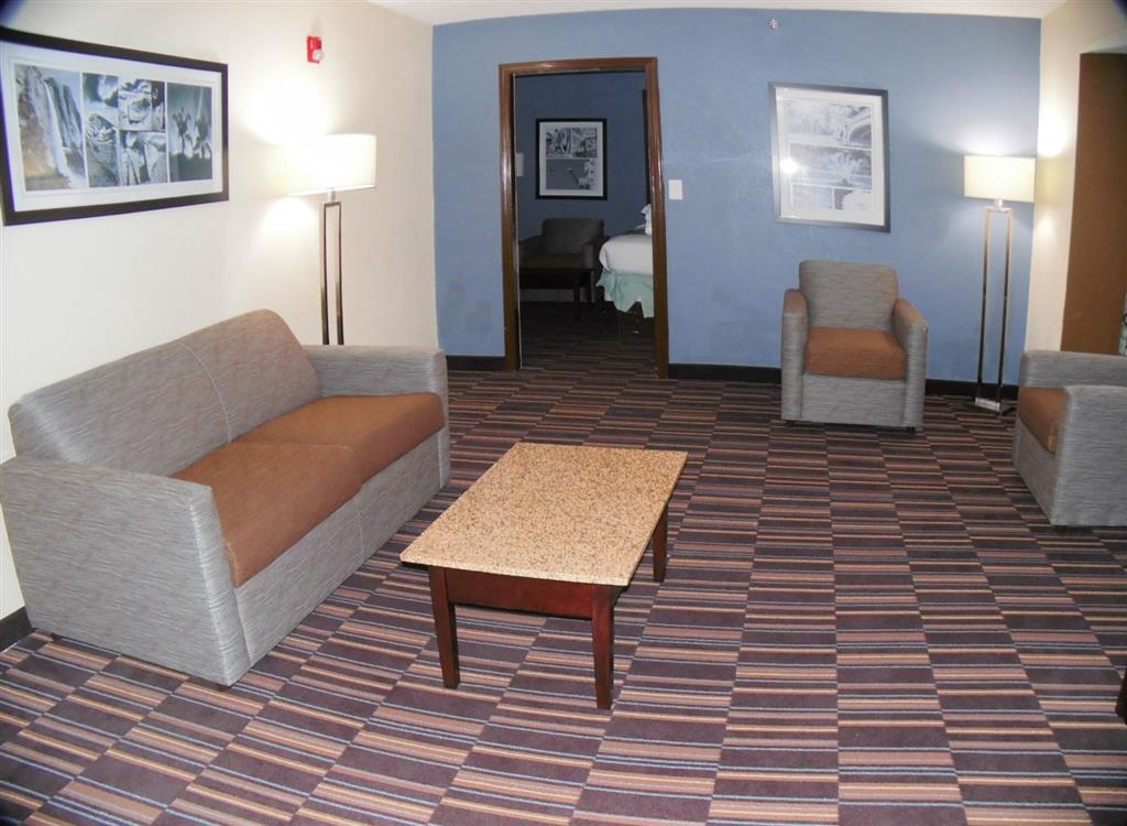 Best Western Plus Elizabeth City Inn & Suites - Suite présidentielle