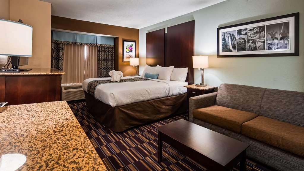 Best Western Plus Elizabeth City Inn & Suites - Gästezimmer/ Unterkünfte
