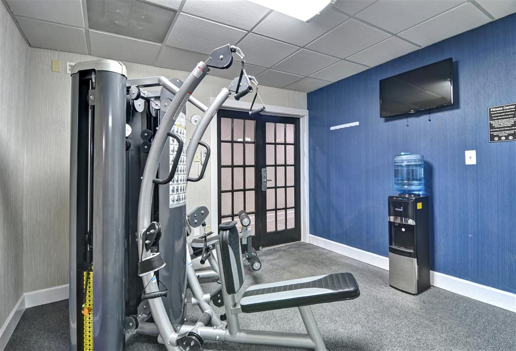 Best Western Plus Hanes Mall Hotel - Fitness Room