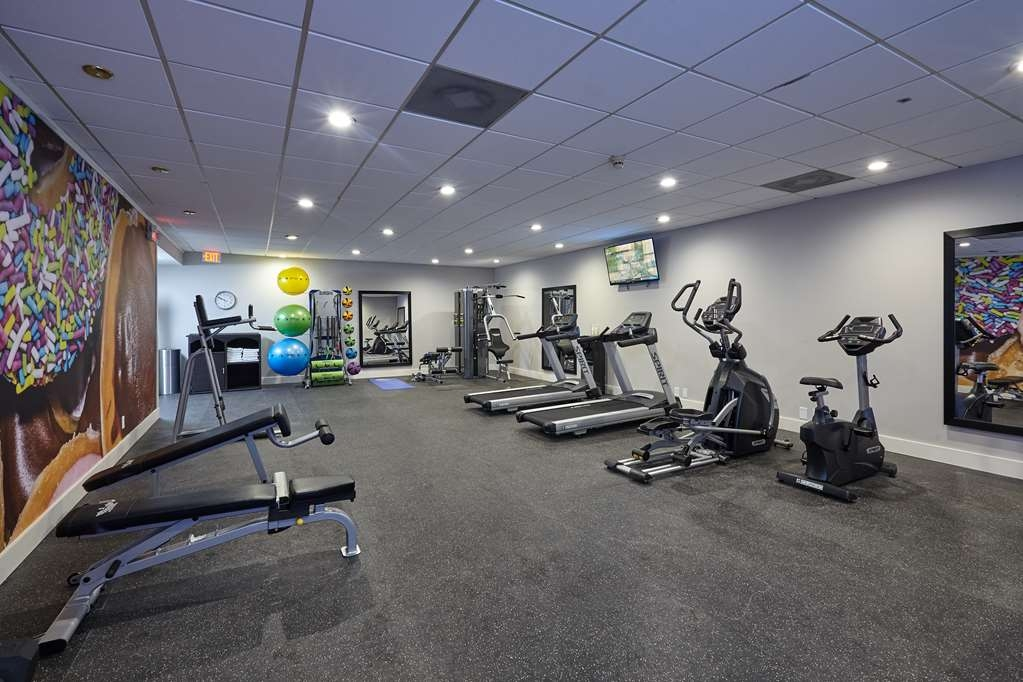 Best Western Plus University Inn - Free Weights, Resistance Bands, Power Plyo-Boxes, Yoga and Stretching Area, Treadmill and Elliptical Machines, Stationary Bike, Water and Towel Service