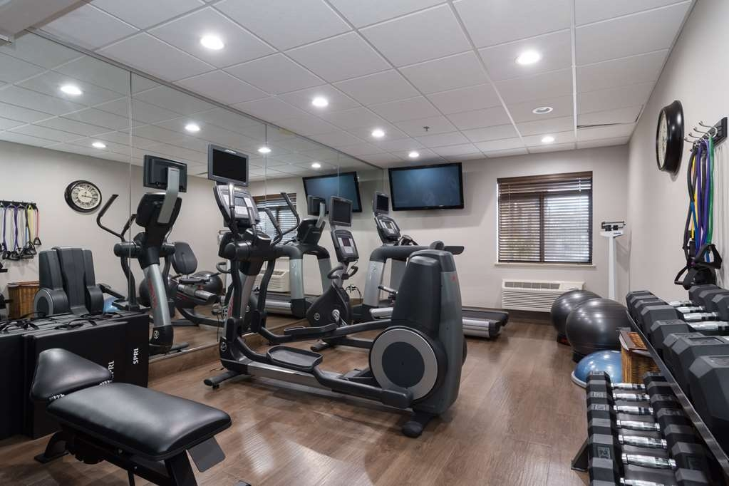 Best Western Plus Pineville-Charlotte South - There is no need to take a break from your regular fitness routine during your stay with us.Our fitness center offers a variety of equipment that is outfitted with everything you need for a great workout!