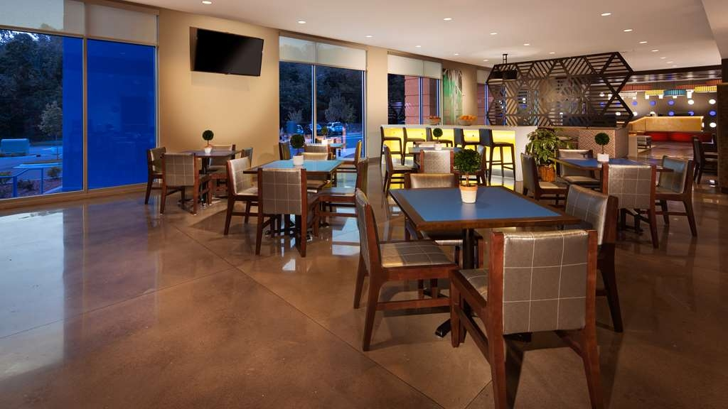 GLo Best Western Asheville Tunnel Road - Restaurante/Comedor