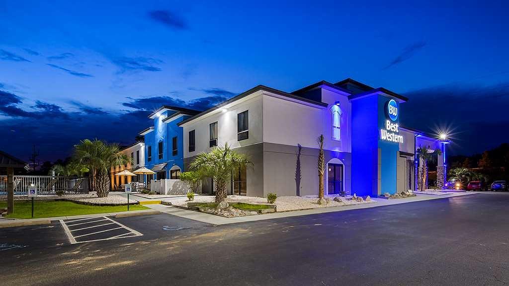 Best Western Shallotte / Ocean Isle Beach Hotel - Aussenansicht