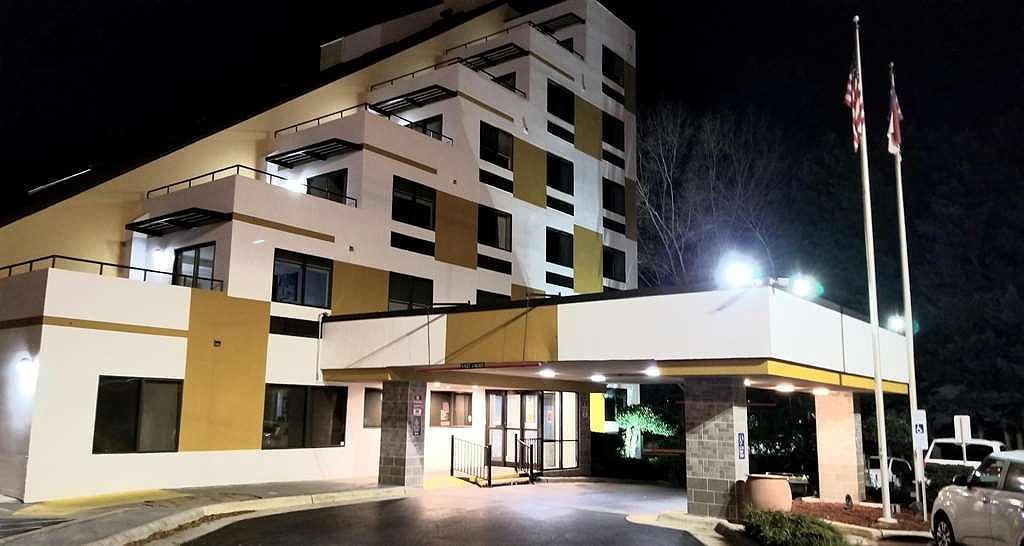 Best Western Plus Raleigh Crabtree Valley Hotel - Aussenansicht