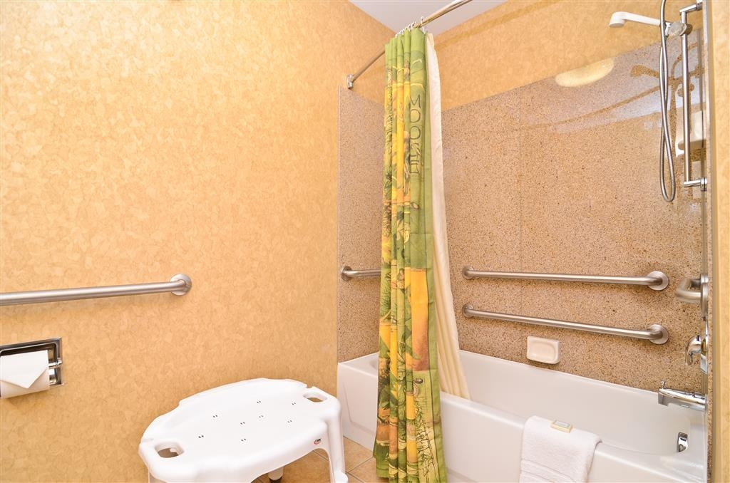 Best Western Plus Kelly Inn & Suites - Our bathroom is mobility accessible and comfortable for your stay.