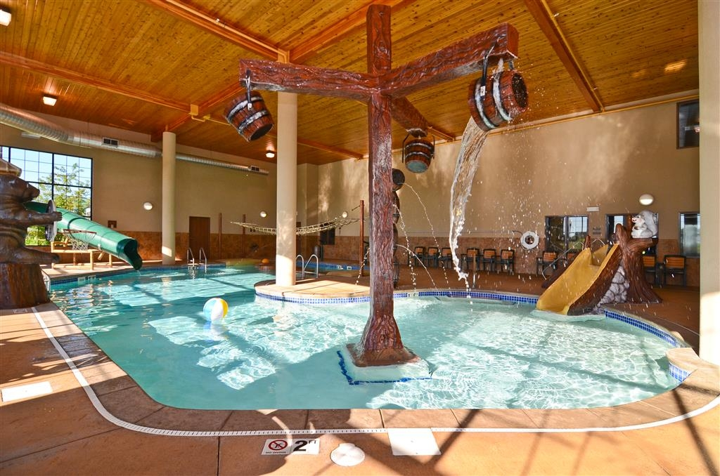 Best Western Plus Kelly Inn & Suites - Our pool now includes a mobility accessible pool lift!