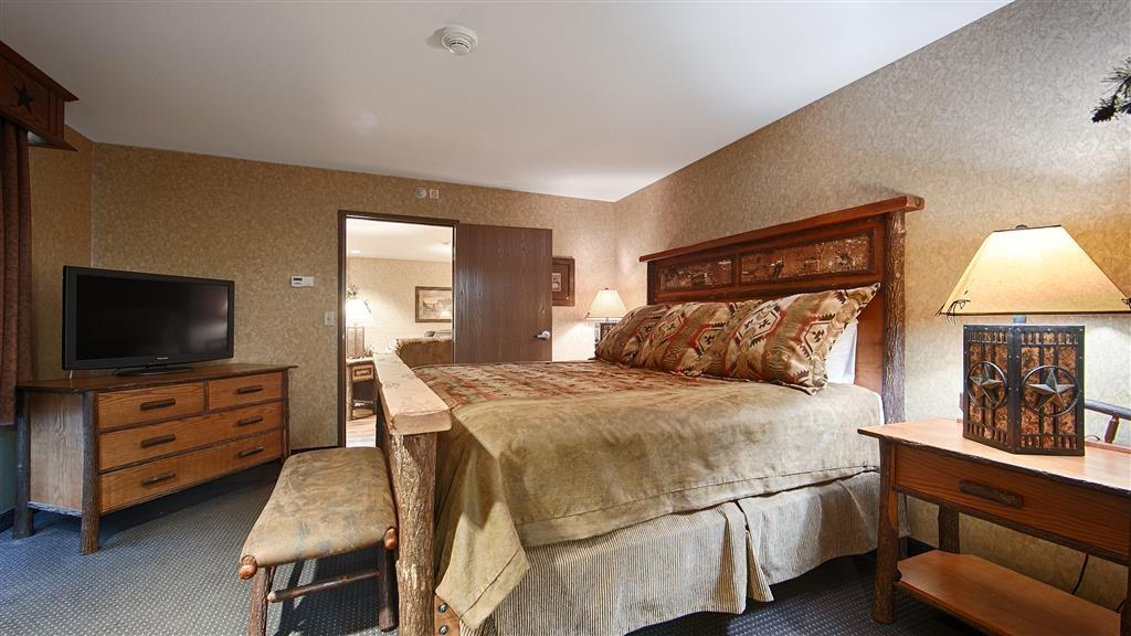 Best Western Plus Kelly Inn & Suites - Horse Whisper Bedroom
