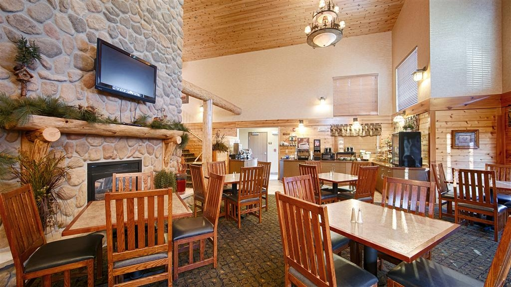 Best Western Plus Kelly Inn & Suites - Restaurant / Gastronomie