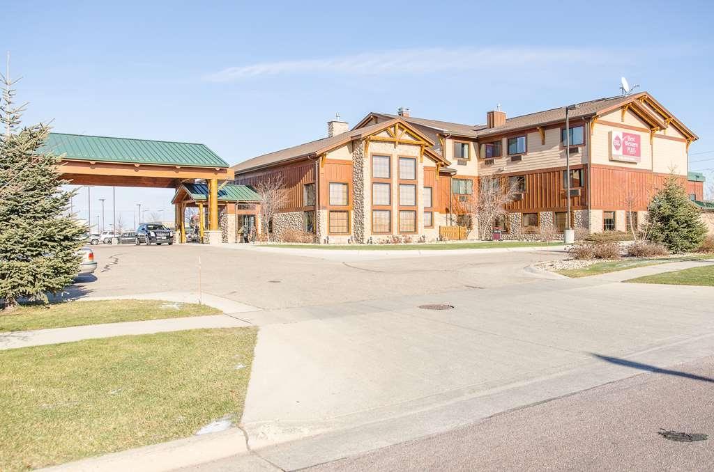 Best Western Plus Kelly Inn & Suites - Außenansicht des Hotels