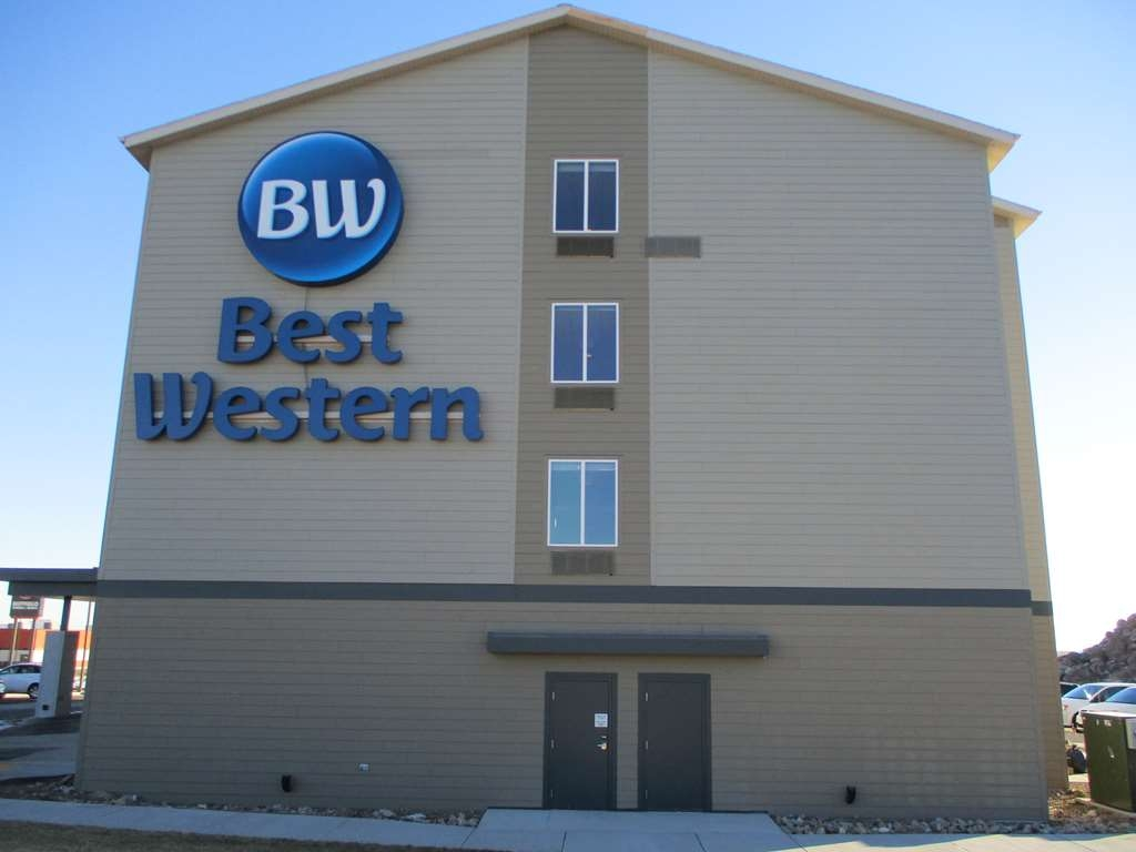 Best Western Roosevelt Place Hotel - Outdoor Signage