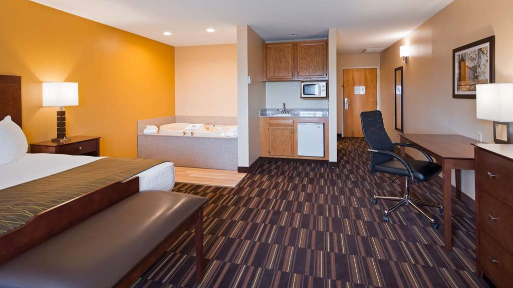 Best Western Falcon Plaza - Suite