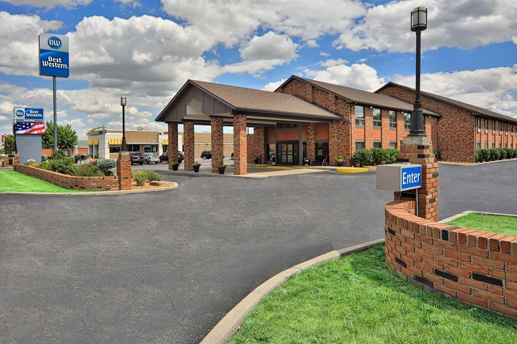 Best Western Falcon Plaza - At the Best Western Falcon Plaza we focus on the details to make you feel at home.