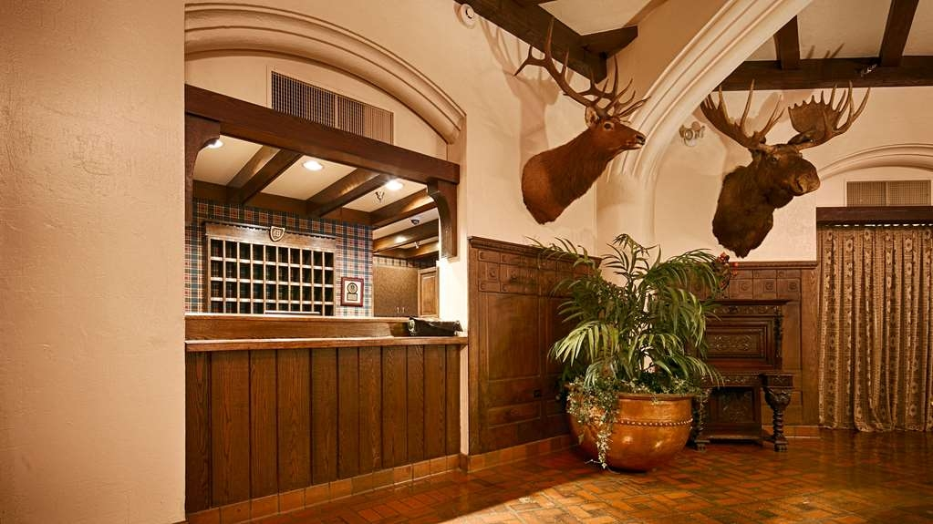 Best Western Premier Mariemont Inn - Hotel Lobby