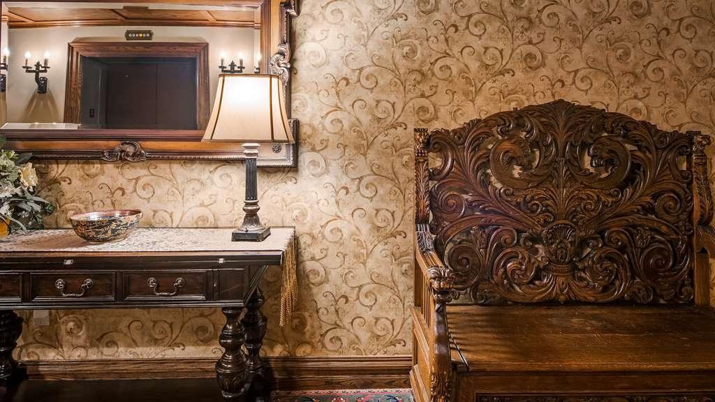 Best Western Premier Mariemont Inn - Decor