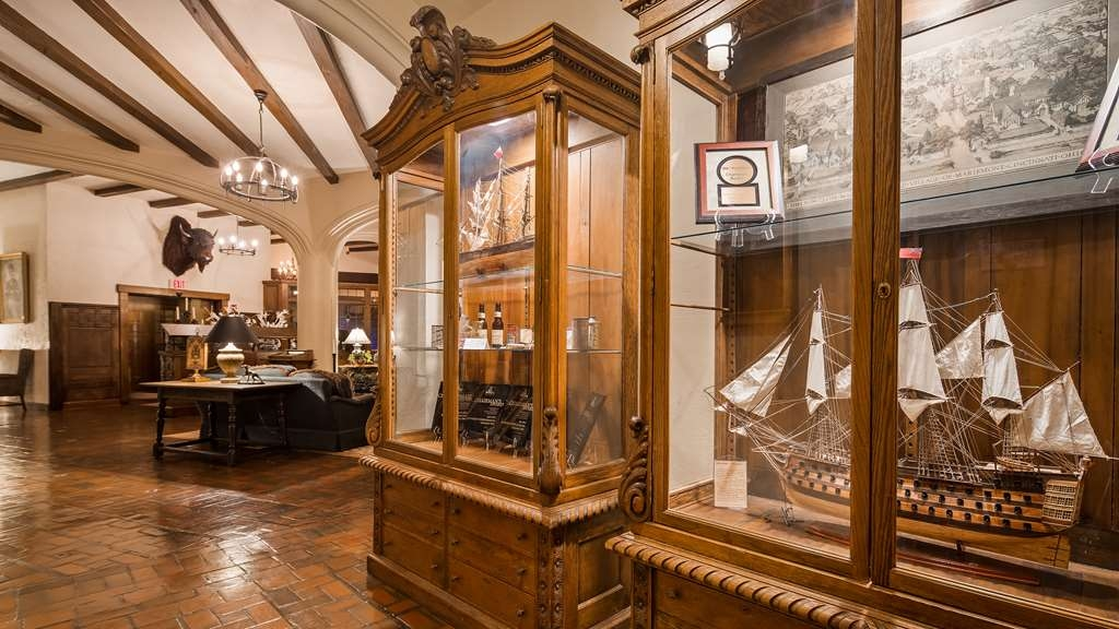 Best Western Premier Mariemont Inn - Lobby