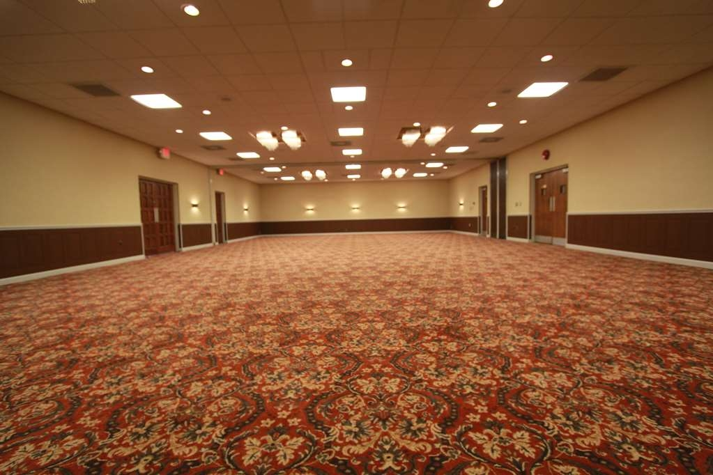 Best Western Wooster Hotel - salón de baile